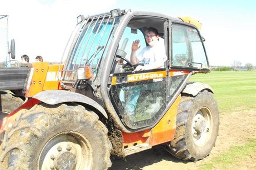 Phil Silvester provides a tractor for the Cricket Force activities!